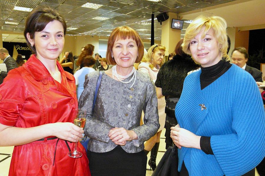 Оксана Гринда, Зоя Павонова, Внешторгклуб в лицах 2005-2010
