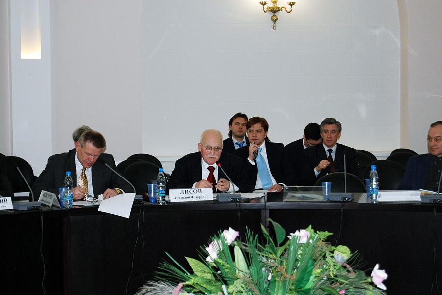 Кирилл Орлов, Круглый стол Внешторгклуба в ТПП РФ - Россия и ВТО: pro & contra, 2007